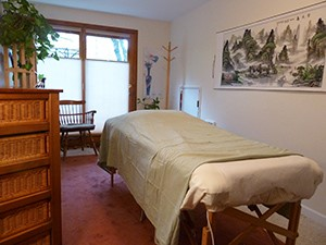 Kamala Quale acupuncture office